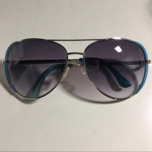 Blue Rim Aviator Sunglasses